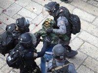 İsrail güçleri 13 Filistinliyi gözaltına aldı