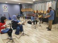 Mardin'de gençler kendini geliştiriyor