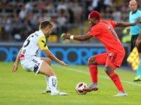 UEFA Avrupa Ligi: LASK Linz: 1 - Beşiktaş: 0 (İlk yarı)