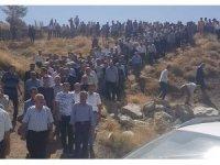 Van'daki feci kazada hayatını kaybeden 3 kişi Hakkari'de toprağa verildi