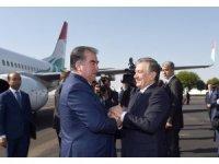 Tacikistan Cumhurbaşkanı İmamali Rahman Özbekistan'da