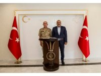 Korgeneral Karataş'tan Vali Zorluoğlu'na veda ziyareti
