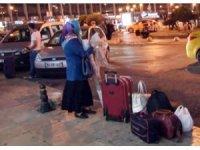 İstanbul otogarında bayram yoğunluğu akşam saatlerinde de devam etti