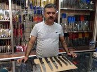 Vatandaşlar, bıçakçılara akın ediyor