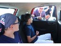 """Kocaeli'de sürücüler ve çocuklarına """"Kırmızı düdük"""" uyarısı"""