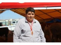 Çiftlik Bank'ın Tosunu Mehmet Aydın'a benzeyen çoban görenleri şaşırttı