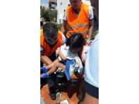 Fethiye'de boruya sıkışan çocuğu itfaiye kurtardı