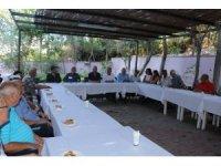 Kuşadası'nda bayramlaşma Kervansaray'da yapıldı