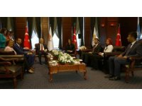 CHP heyetinden AK Parti'ye bayram ziyareti