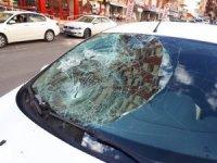 Eski MHP milletvekiline arabanın çarpma anı kamerada