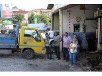 Şişli'de esnaf kapkaççıyı yakalayıp polise teslim etti