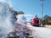 Edremit'te çöplük ve kıyı yangınları söndürüldü