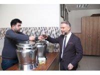 Kahramankazan Belediyesinden ücretsiz çorba ve çay ikramı