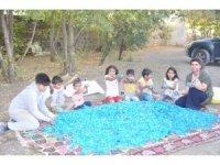 Öğrencilerden 'Mavi Kapak' Kampanyası
