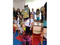 PTT'den çocuklara malzeme desteği
