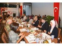 """Vali Demirtaş: """"Ne yapsak şehit ve gazi yakınlarının hakkını ödeyemeyiz"""""""