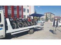 Bolvadin'de motosiklet ve otomobil denetimleri