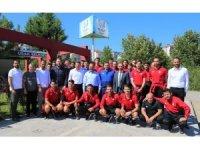 UTAŞ Uşakspor futbolcular Sağlıklı Yaşam ve Gençlik Merkezinde