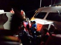 Ayvalık'ta 33 mülteci yakalandı