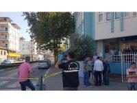 Manavgat'ta iki grup arasındaki kavgada jandarma astsubay silahla yaralandı