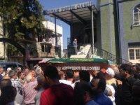 Bandırma'da kazada ölen İzmirli öğretmen toprağa verildi