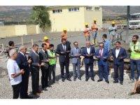 Bingöl'de çöpleri enerjiye dönüştürecek tesisin temeli atıldı