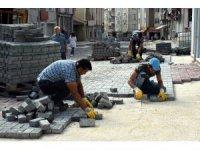 Parke taşı çalışmaları Reşadiye Mahallesi'nde devam ediyor