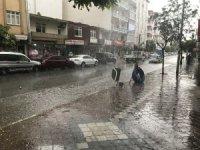 Iğdır'da sağanak yağış hayatı olumsuz etkiledi