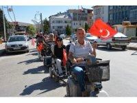 Engelli araçlarıyla konvoy oluşturup şehir turu attılar