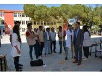 Sağlık elçisi öğrencilerden Selendili öğrencilere ziyaret