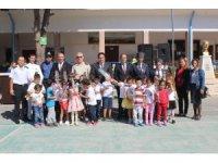 Ayvalık'ta yeni eğitim ve öğretim sazlı, sözlü programla resmi olarak başladı