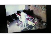 Güvenlik kamerası servisine girip hesap makinesi çaldı