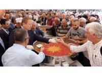 Trabzon'da aşure dağıtımına yoğun ilgi