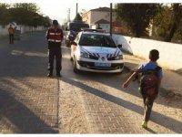 Jandarma öğrenci servislerini denetledi