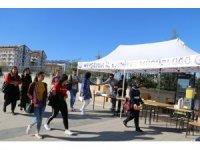 Nevşehir Emniyeti NEVÜ öğrencilerine hoş geldin standı açtı