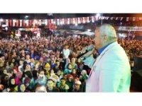 Ramazan Çelik, Ormanlı Fındık Festivali'nde hayranlarını coşturdu