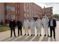 Belediye okullarda dezenfekte çalışmaları yapıyor