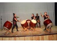 Kaman ilçesinde Japon davulu grubunun gösterisi ilgi gördü
