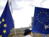 AB, 27 ülkenin büyükelçilerini Brüksel'e çağırdı