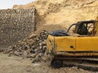 Okul inşaatının duvarı çöktü: 1 ölü, 1 yaralı