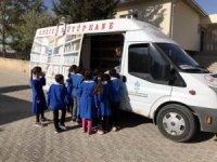 Gezici Kütüphane köylere öğrencilerin ayağına gidiyor