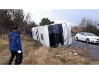 Edirne'de askeri personeli taşıyan servis kaza yaptı: 13 yaralı