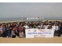 Başkaleli 130 öğrenci Van'ı gezdi