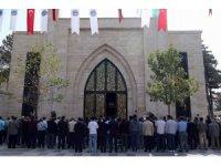 Orgeneral Hulusi Akar Camii'nde cenazelerin kaldırılmasına başlandı