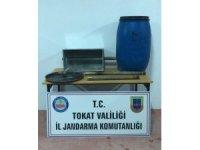 Tokat'ta 80 litre kaçak rakı ele geçirildi