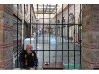 Bursa'da tarihi hanı cezaevine çevirdiler