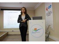 """""""Kadına Yönelik Şiddetle Mücadele"""" semineri düzenlendi"""