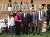 Burhaniye Belediyesi Kimsesiz Çocuklar Kermesine destek oldu