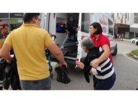 İnegöl'de iki otomobil çarpıştı: 2 yaralı