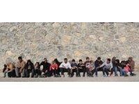 Başkale'de 43 kaçak şahıs yakalandı
